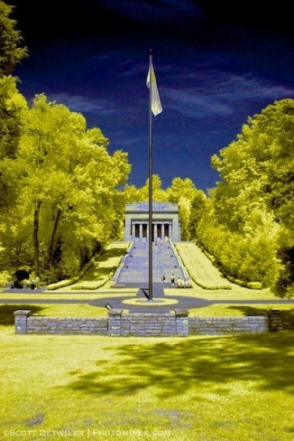 Lincoln Birthplace Monument